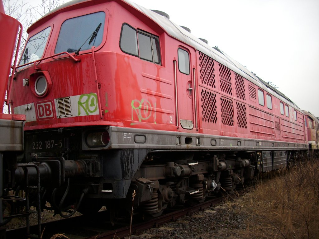 232 187-5 ex.Bh Halle G. am 24.Januar 2009 in Mukran West.