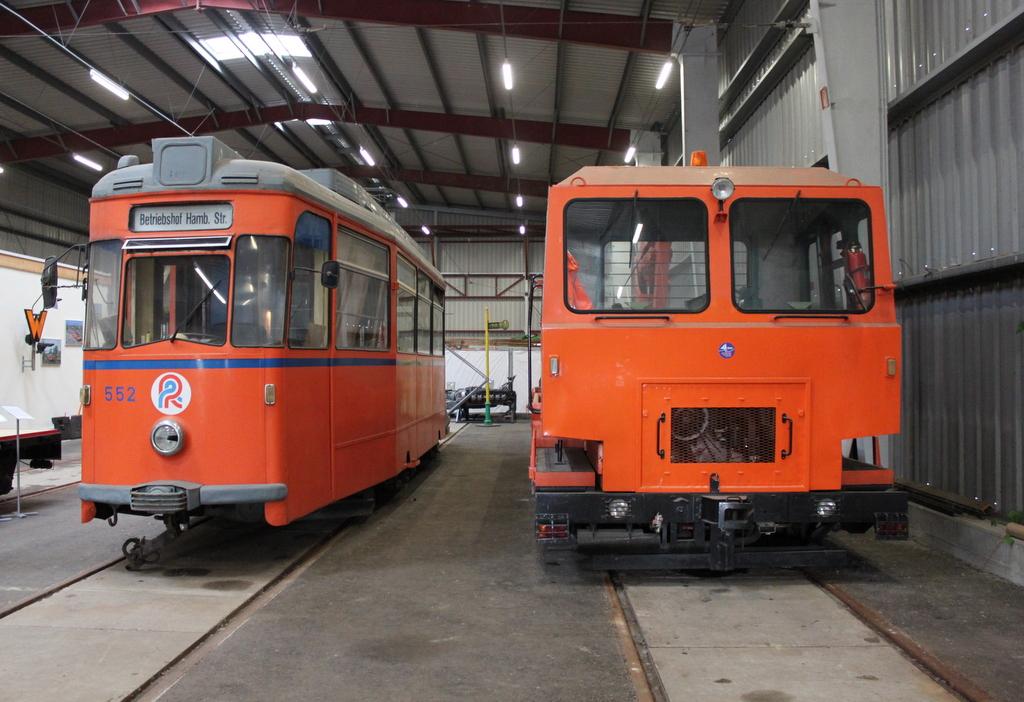 Lowa Wagen 552 Und Skl25 Der Rostocker Nahverkehrsfreunde