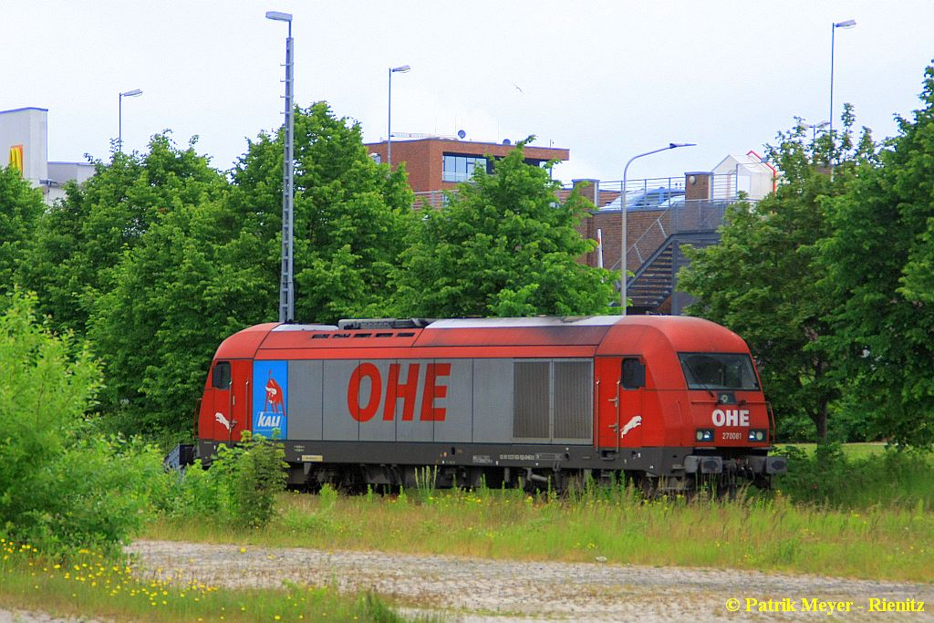 OHE 270081 abgestellt in Cuxhaven am 20.06.2015