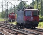 Hamburg-Spezial/143207/schweitz-trifft-west-v100-im-bahnhof-hamburg-harburg04062011 Schweitz trifft West-V100 im Bahnhof Hamburg-Harburg.(04.06.2011)
