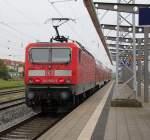 Rostock-Spezial/160081/143-860-5-fuhr-nach-stralsund-vielleicht 143 860-5 fuhr nach Stralsund vielleicht ist ja wieder ein Flirt kaputt gegangen es würde mich nicht wundern.Rostock Hbf,18.09.2011