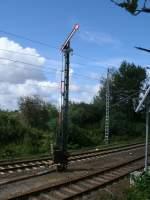 Formsignale/155559/fahrt-frei-zeigteam-20august-2011das-ausfahrsignal 'Fahrt frei' zeigte,am 20.August 2011,das Ausfahrsignal B in Lancken.